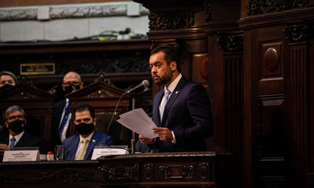 Cláudio Castro durante discurso após tomar posse como governador do Rio na Alerj Foto: Hermes de Paula / Agência O Globo