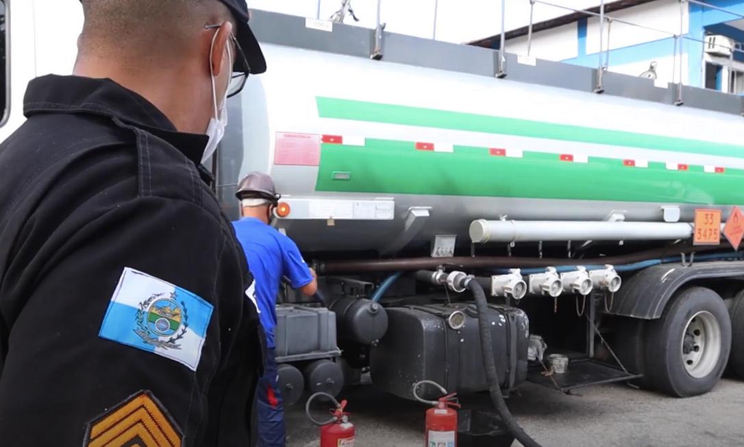 Batalhões começaram a receber produto, que deve ajudar em economia da corporação Foto: Sefaz-RJ / Divulgação