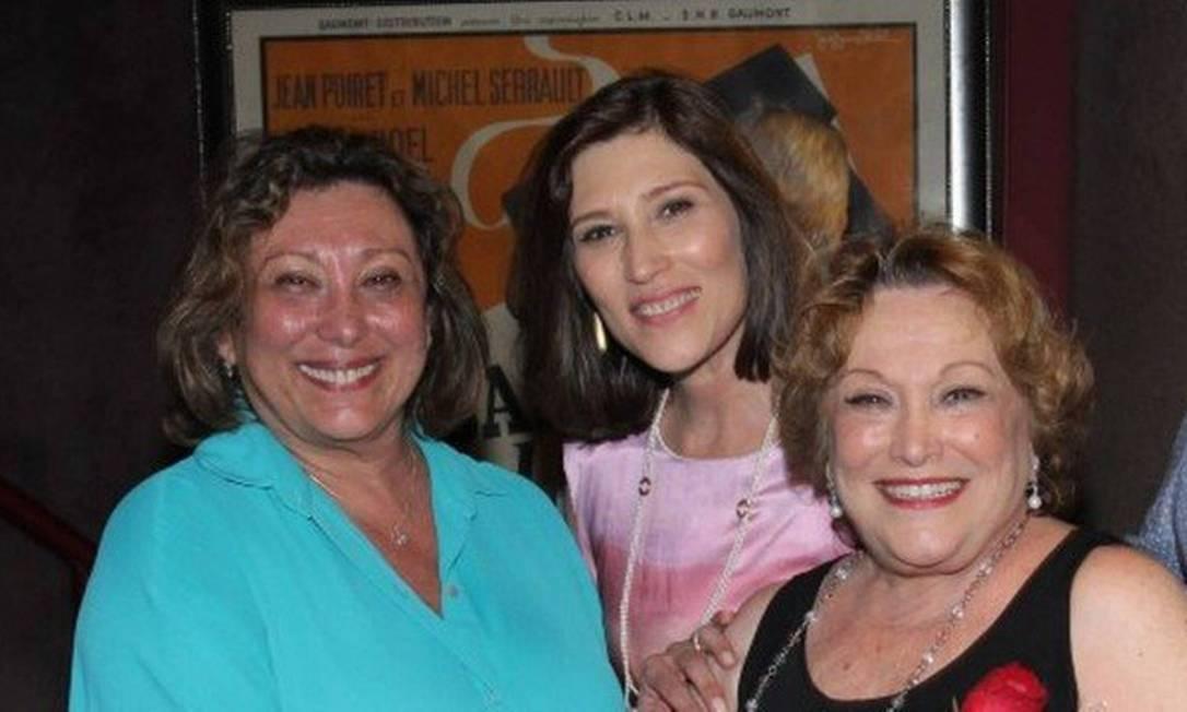 Bárbara Bruno, Beth Goulart e Nicette Bruno: pedido de orações Foto: Reprodução
