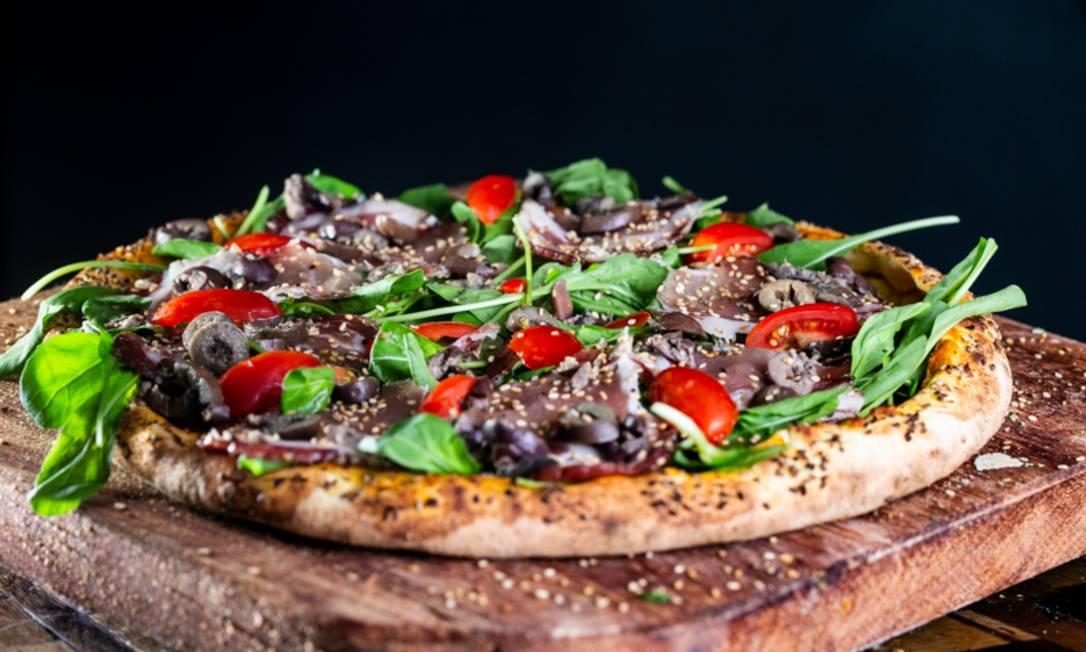 Pizza saudável e sem glúten Foto: Fabio Teixeira