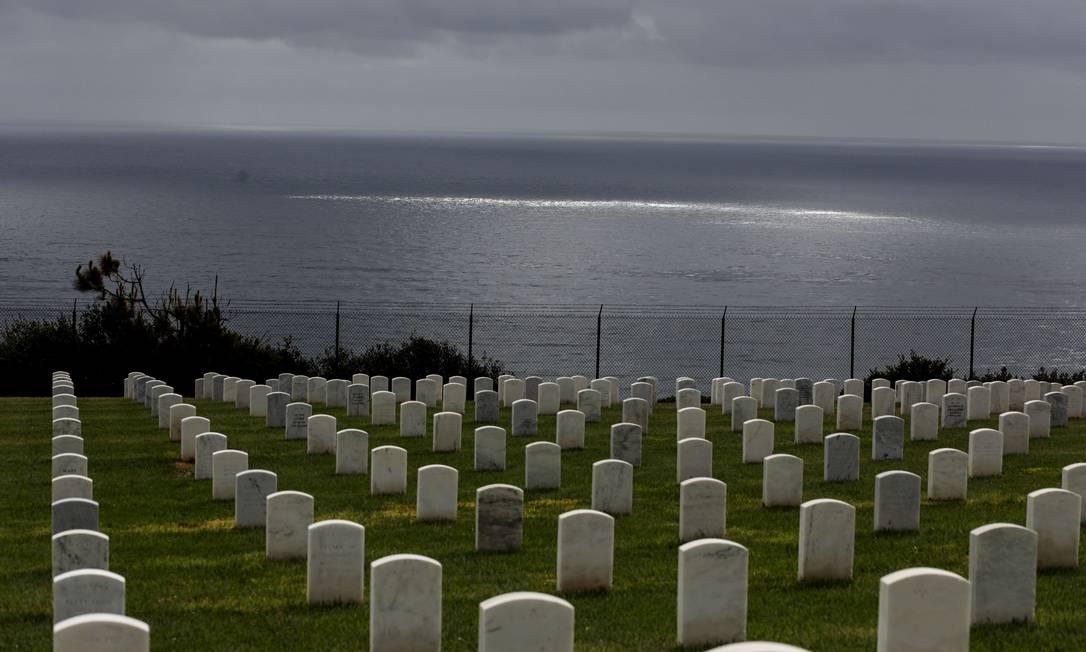 Vista da área do oceano onde um barco naufragou Foto: Sandy Huffaker / AFP
