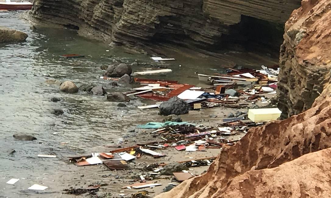 Segundo autoridades, há suspeita de que a embarcação era usada para transportar imigrantes sem documentos até os EUA Foto: - / AFP