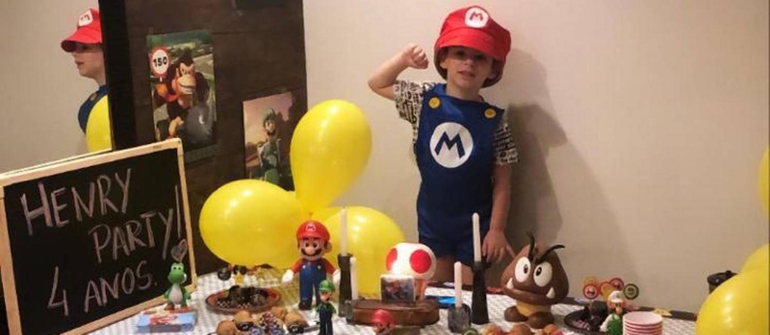 Henry em sua última festa de aniversário, de quatro anos: pai do menino compartilhou foto nas redes Foto: Arquivo pessoal