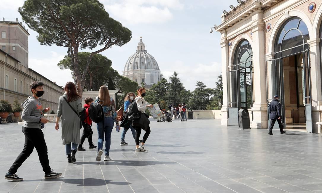 Segundo direção do centro cultural, acesso só é permitido para visitantes que comoprarem ingresso com hora marcada pela internet Foto: REMO CASILLI / REUTERS
