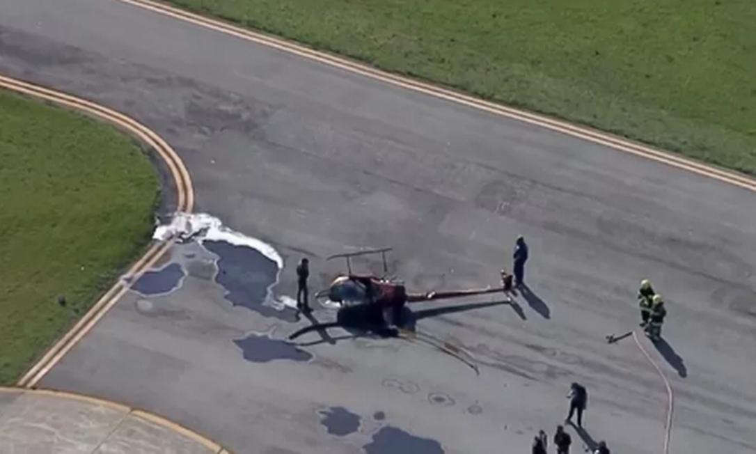 Helicóptero caiu no Campo de Marte, em São Paulo Foto: Reprodução/Globnews