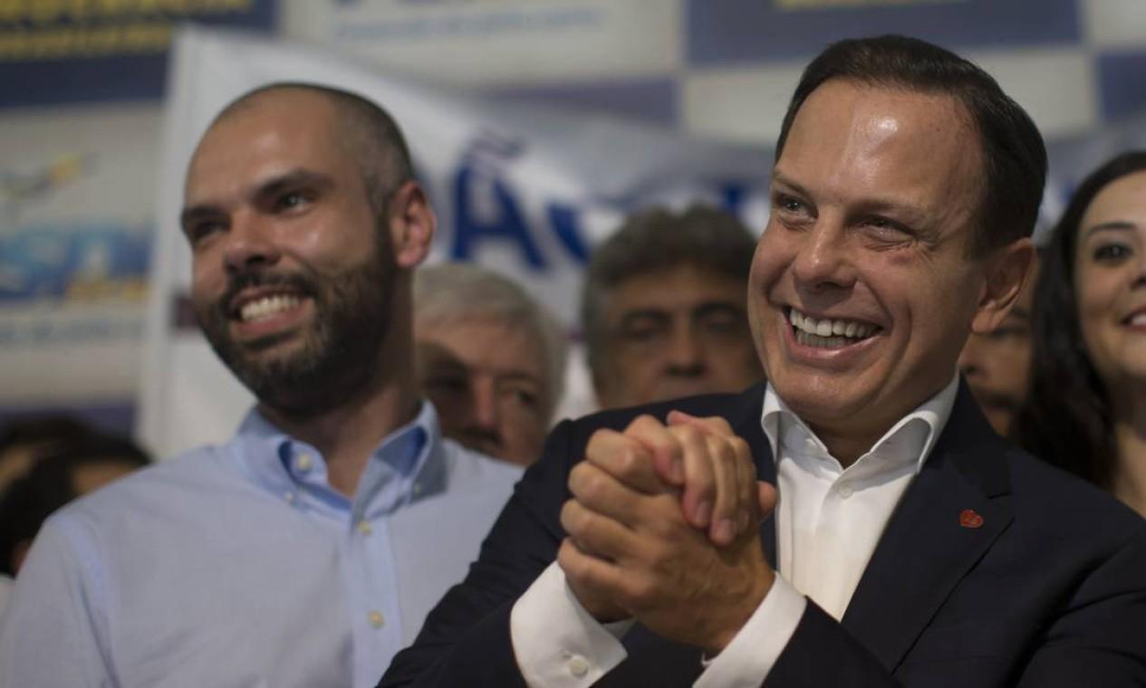 Covas e João Doria no lançamento da pré-candidatura do prefeito ao governo do estado, em 2018 Foto: Edilson Dantas / Agência O Globo - 12/03/2018