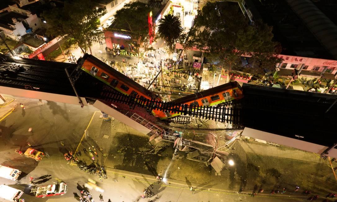 Imagem aéra mostra a dimensão da tragédia na capital mexicana: o pior acidente de metrô no mundo em 46 anos Foto: INSTAGRAM @CSDRONES / INSTAGRAM @CSDRONES via REUTERS