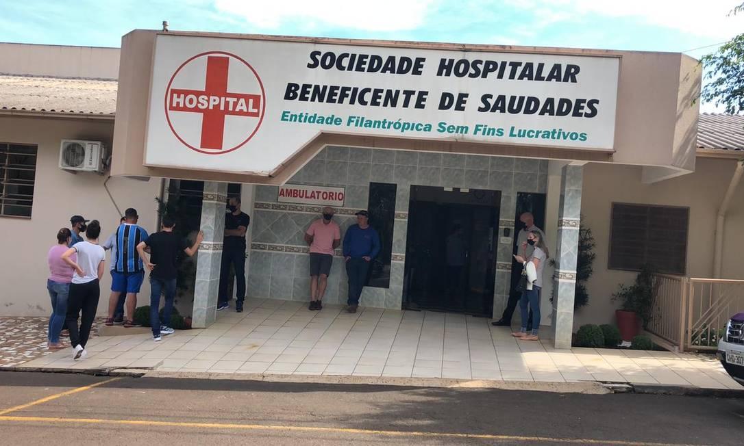 Uma quarta criança está recebendo atendimento no hospital Foto: Felipe Eduardo Zamboni / Agência O Globo