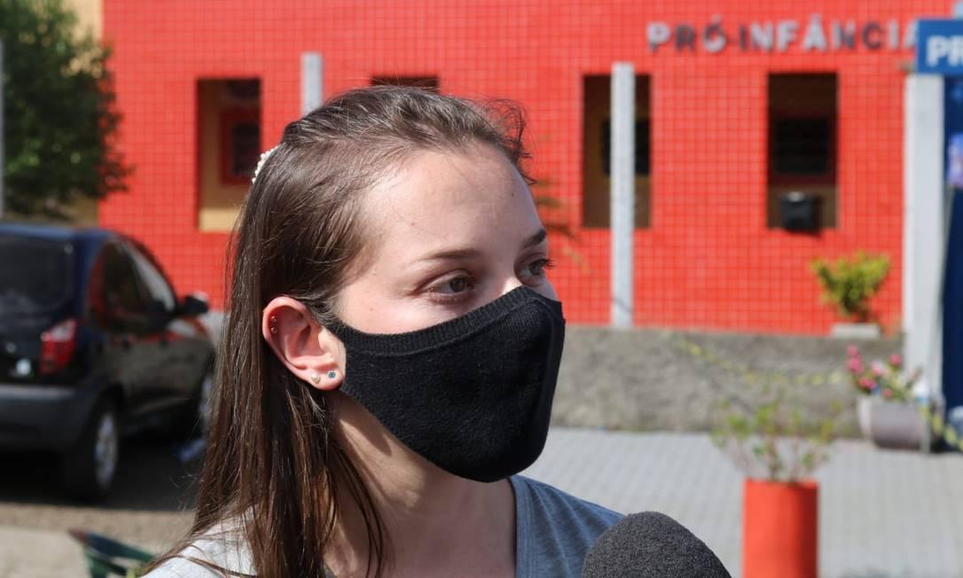 A professora Aline Biazebetti ouviu os gritos e chegou à escola no momento do crime Foto: Henrique Paulo Koch / O Globo