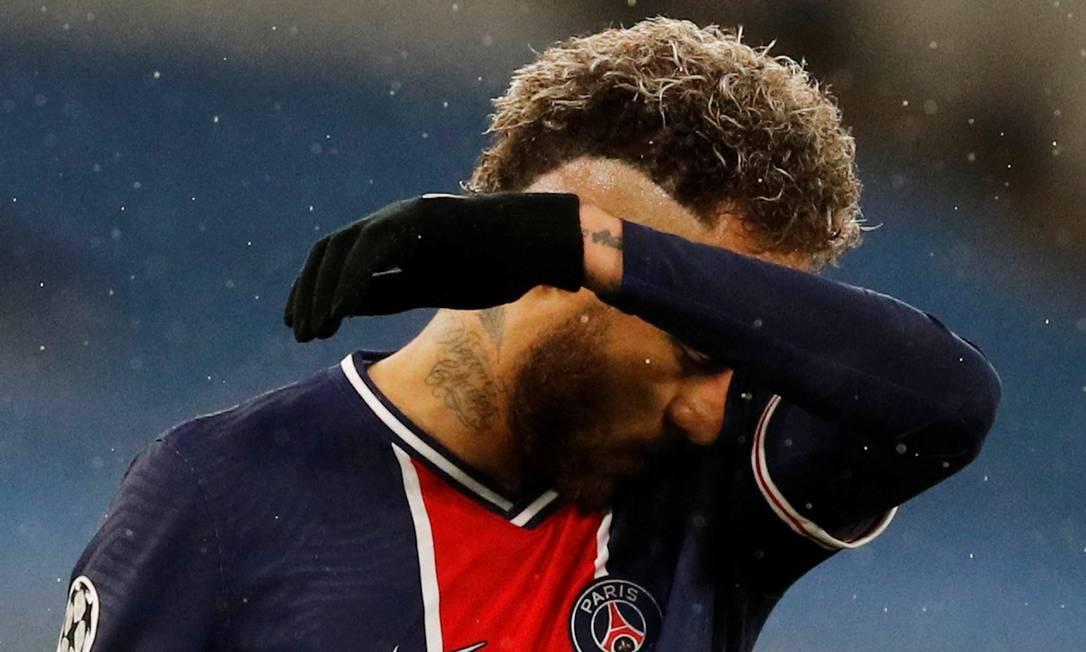 Neymar não consegue levar o PSG ao título da Champions mais uma vez Foto: PHIL NOBLE / REUTERS