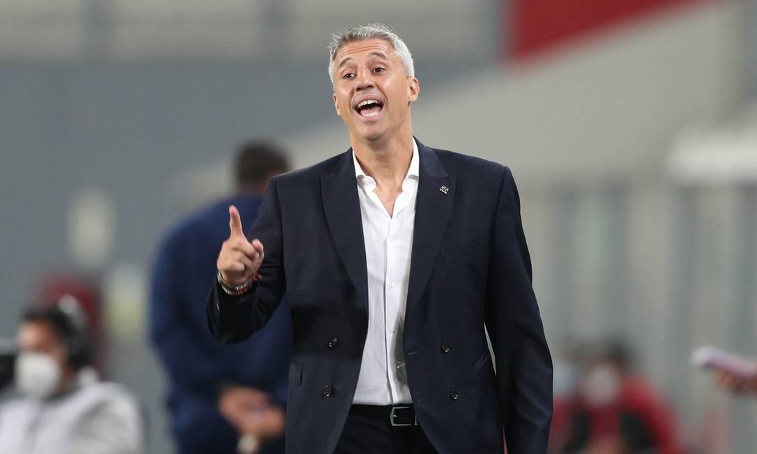 Hernán Crespo comanda o São Paulo em jogo da Libertadores Foto: MARTIN MEJIA / Pool via REUTERS