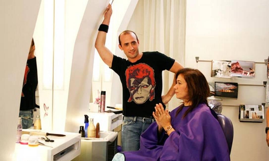 """Paulo Gustavo protagonizou uma das cenas mais lembradas do filme """"Divã"""", no qual interpretou o cabeleireiro Renê. Foto: Divulgação"""