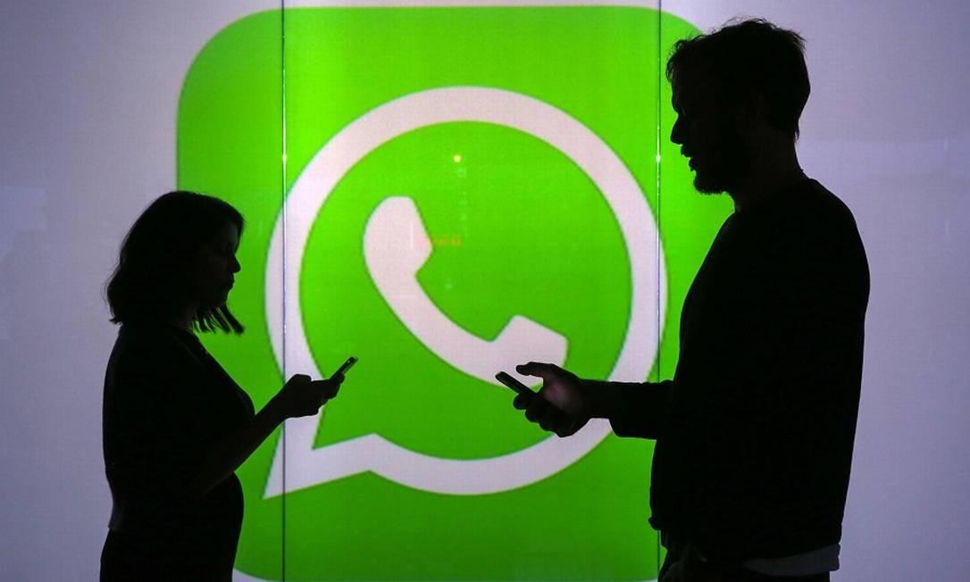 WhatsApp: transferência de dinheiro no app por enquanto é só para pessoas físicas Foto: Chris Ratcliffe / Agência O Globo