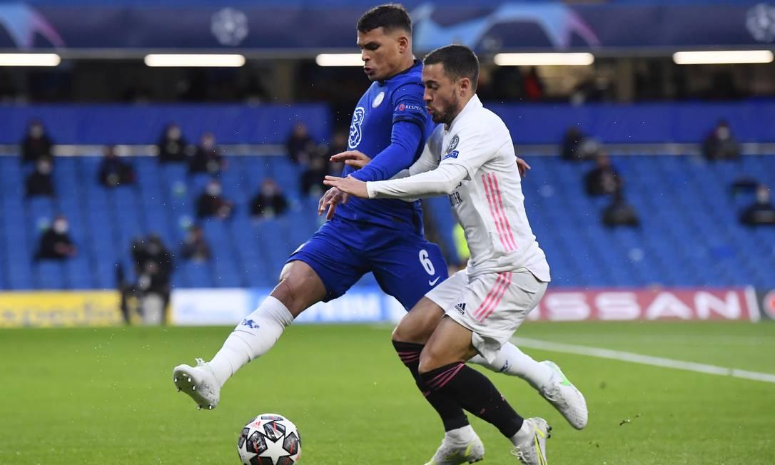 Thiago Silva tem tido boas atuações com o Chelsea Foto: TOBY MELVILLE / REUTERS