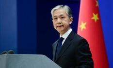 O porta-voz do Ministério das Relações Exteriores da China, Wang Wenbin, durante entrevista coletiva Foto: Reprodução/Facebook