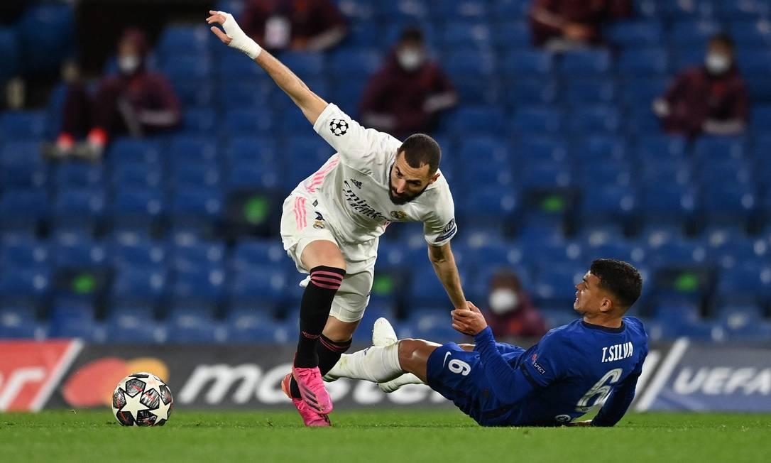 O Chelsea de Thiago Silva eliminou o Real Madrid de Benzema na semifinal da Champions Foto: GLYN KIRK / AFP