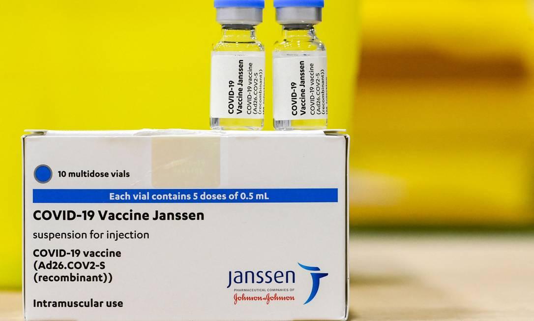 Vacinas da Janssen contra o novo coronavírus Foto: DIRK WAEM / AFP