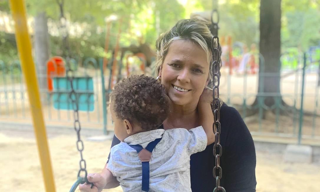 Amor maior: Marilia Bessy com o filho Antônio Jorge Foto: Divulgação/Guilherme Scarpa