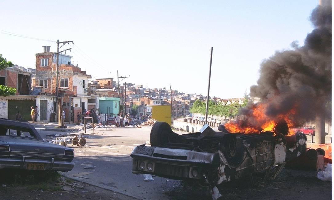 Mortes de quatro jovens geraram protestos em 1998 Foto: Gustavo Azeredo / Gustavo Azeredo