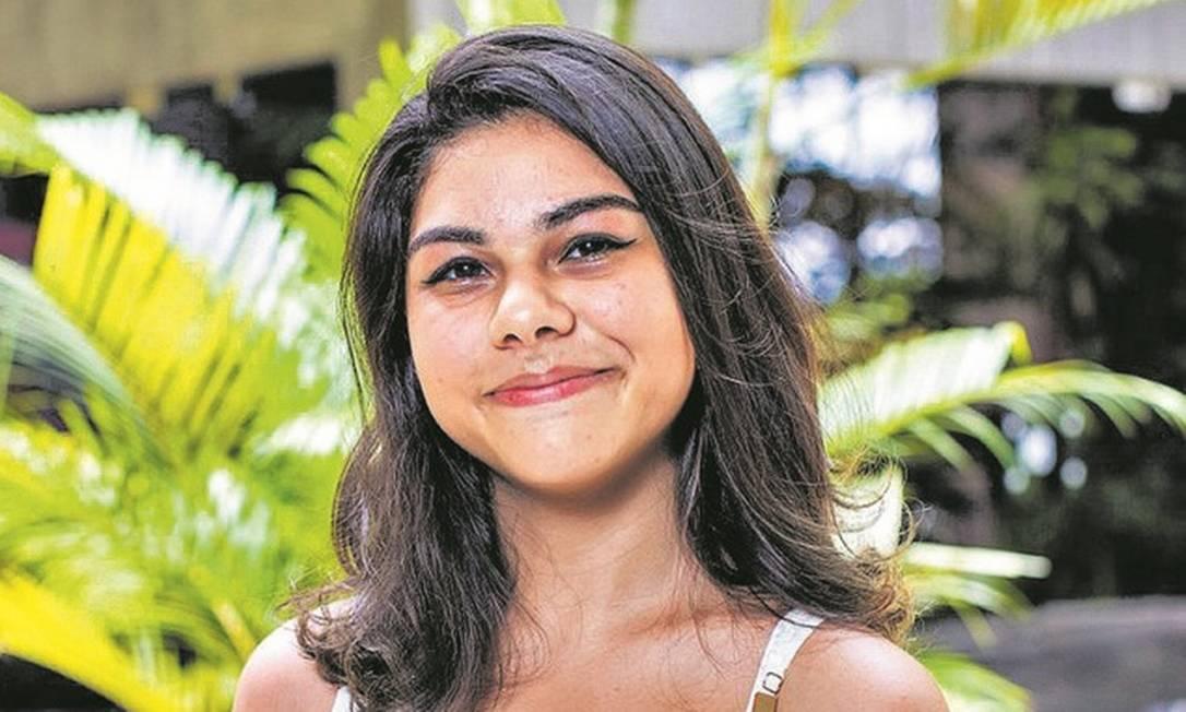 Brenda Silva Fernandes, de 18 anos, será a primeira da família a ingressar no ensino superior Foto: Divulgação