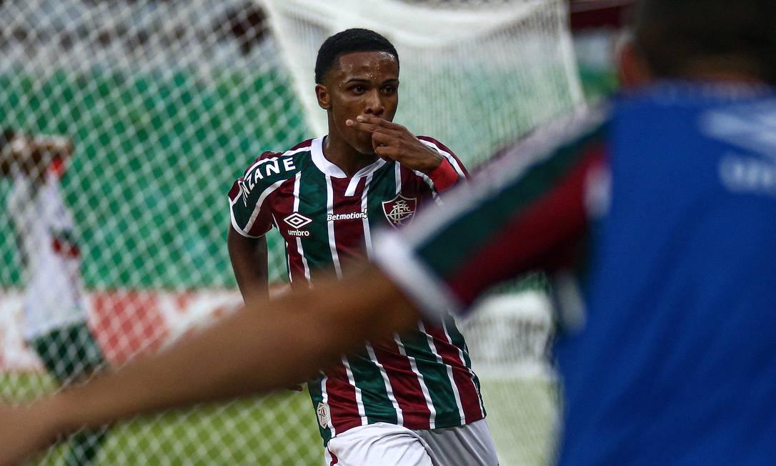 Kayky brilhou contra a Portuguesa Foto: Lucas Merçon/Fluminense FC