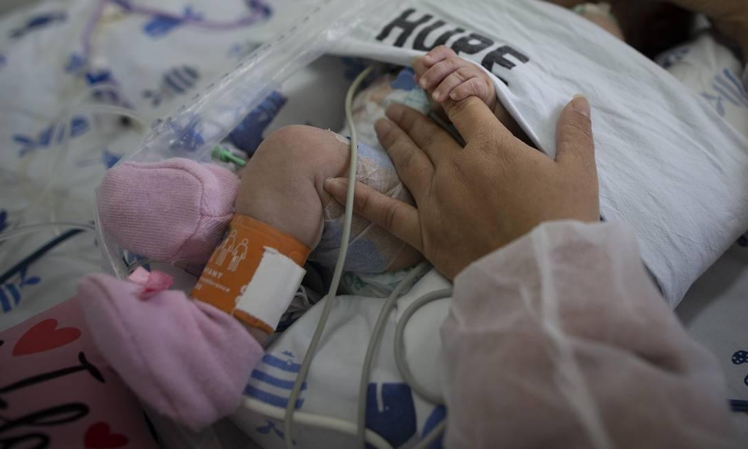 UTI infantil de Covid-19 do Hospital Universitário Pedro Ernesto, em junho de 2020 Foto: Márcia Foletto / Agência O Globo