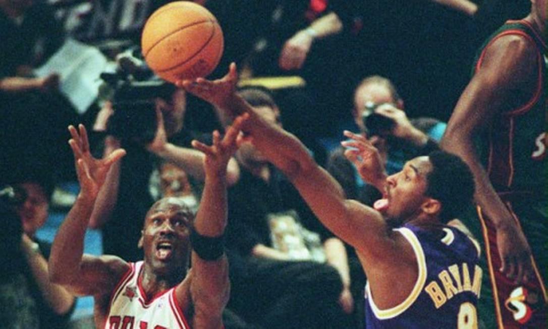 Michael Jordan foi amigo, mentor e confidente de Kobe Bryant Foto: Henny Ray / AFP PHOTO