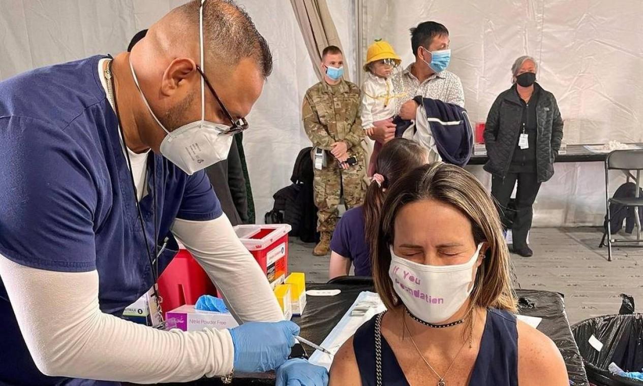 A atriz Fernanda Pontes, esposa de Diego Boni, irmão de Boninho, foi imunizada na Flórida. Foto: Reprodução do Instagram