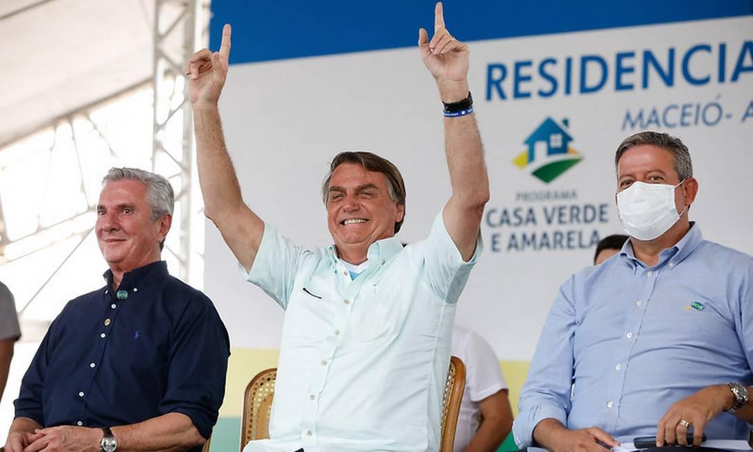 O presidente Jair Bolsonaro participa de evento em Maceió, ao lado de Fernando Collor e Arthur Lira Foto: Alan Santos/Presidência