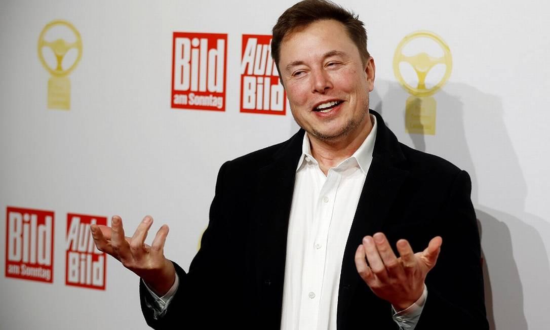 Elon Musk: meia-volta volver levou a queda na cotação do bitcoin Foto: HANNIBAL HANSCHKE / REUTERS