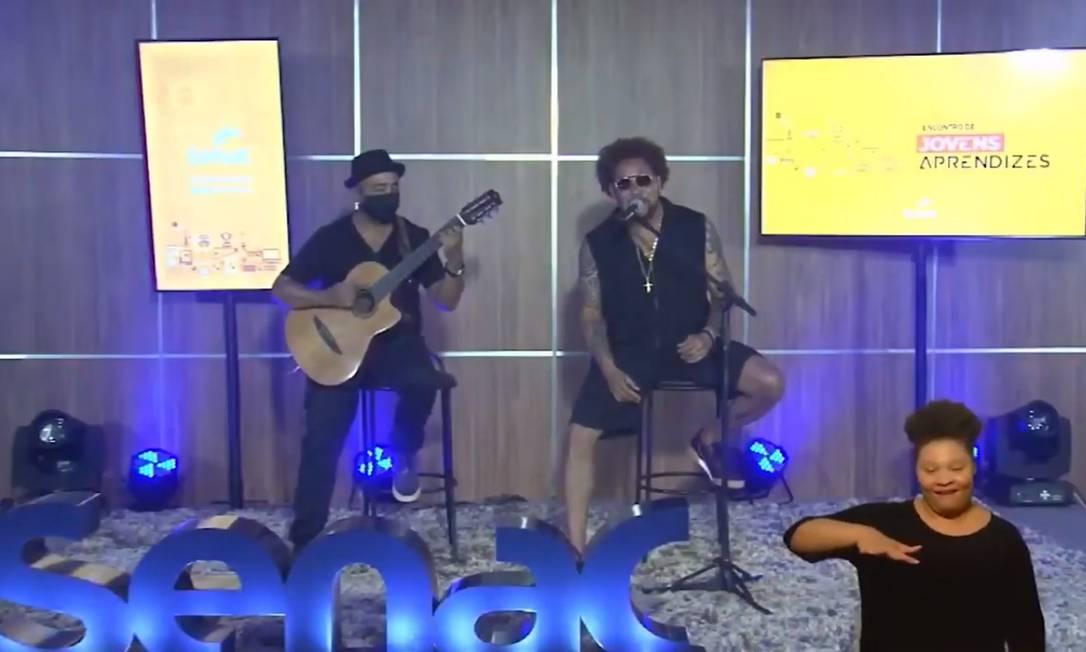 A música ficou por conta do cantor baiano Jau e o encontro teve ainda intervenções cênicas e bastante interatividade. Foto: Divulgação