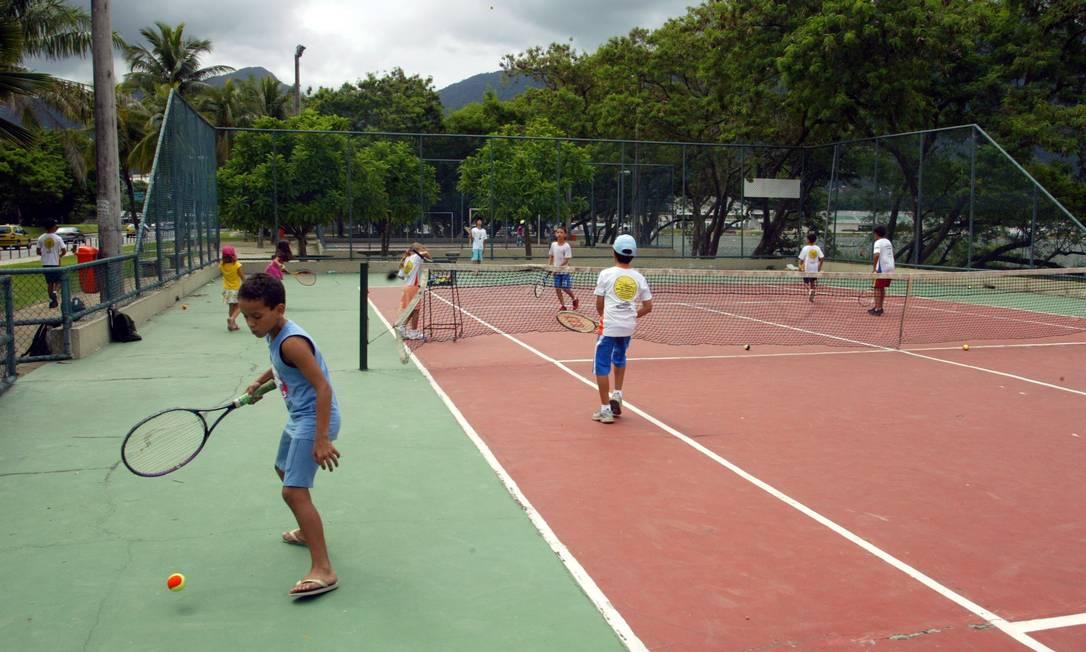 Tênis é a segunda modalidade que mais recebe repasses, atrás apenas do futebol Foto: Letícia Pontual