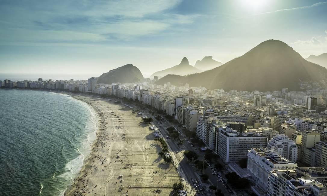 Avenida Atlântica. A última casa disponível na praia mais famosa do país vai dar lugar a um empreendimento de alto luxo Foto: Getty Images/iStockphoto