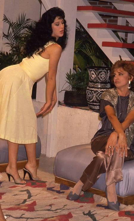 """Eva Wilma e Cláudia Raia em """"Sassaricando"""", novela da TV Globo de 1987 Foto: Irineu Barreto Filho / Agência O Globo"""