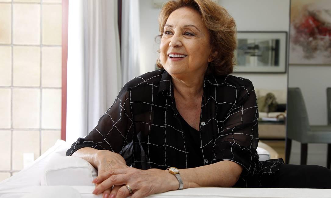 Eva Wilma em 2010, durante entrevista em sua casa Foto: Gustavo Azeredo / Agência O Globo - 29/10/2010