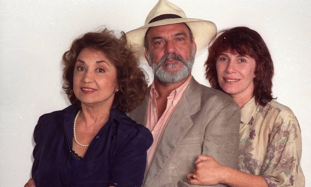 """Eva Wilma, Lima Duarte e Renata Sorah interpretavam Hilda, Murilo e Pilar, respectivamente, no sucesso da TV Globo """"Pedra sobre Pedra"""" (1992) Foto: Arquivo"""