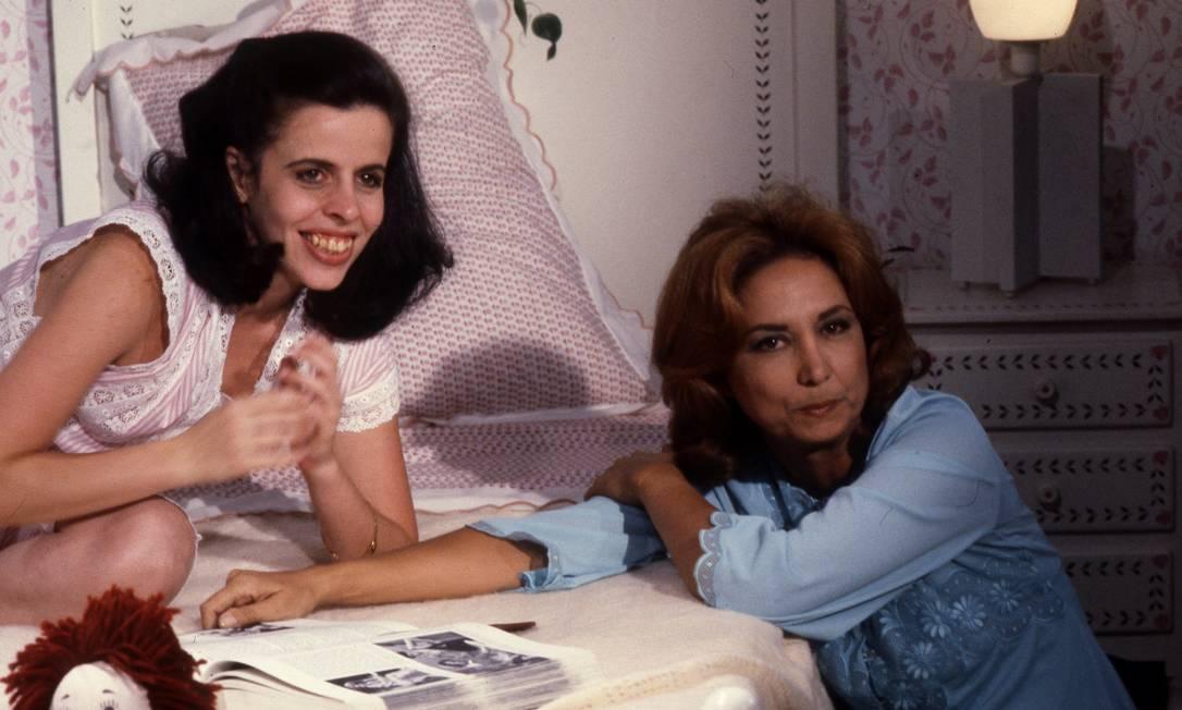 """Eva Wilma em cena com Cristina Pereira, na novela """"Elas por Elas"""", da TV Globo, em 1982"""