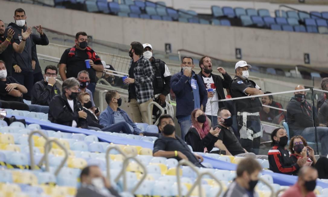 Convidados no primeiro jogo da final entre Flamengo e Fluminense Foto: MARCELO THEOBALD / Agência O Globo