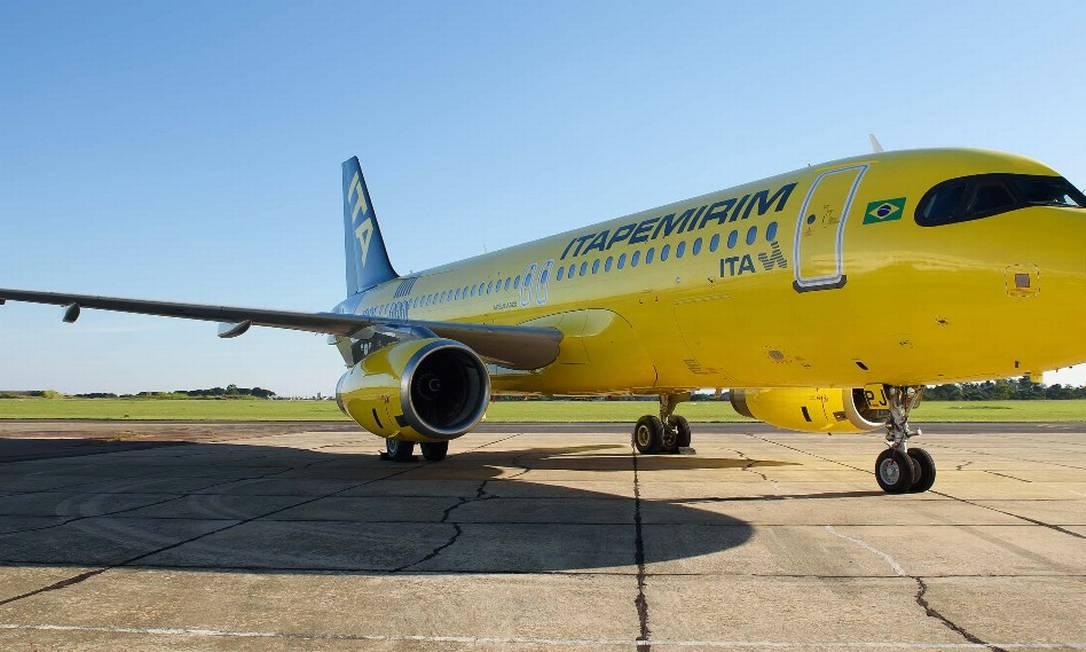Airbus A320 da ITA, companhia aérea da Itapemirim; aeronaves terão 18 assentos a menos do que a configuração padrão Foto: Ilton Barbosa/Divulgação