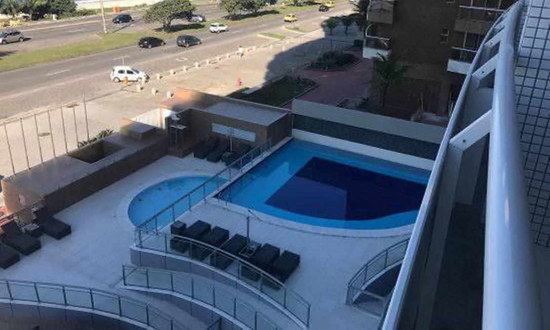 Funkeiro, segundo investigações, teria bebido e tentado pular do quarto de casal de amigos em que estava para a piscina do hotel Foto: Divulgação