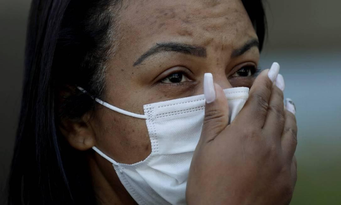 'Está sendo muito difícil', diz Valquíria Nascimento, mãe do funkeiro MC Kevin Foto: Gabriel de Paiva / Agência O Globo