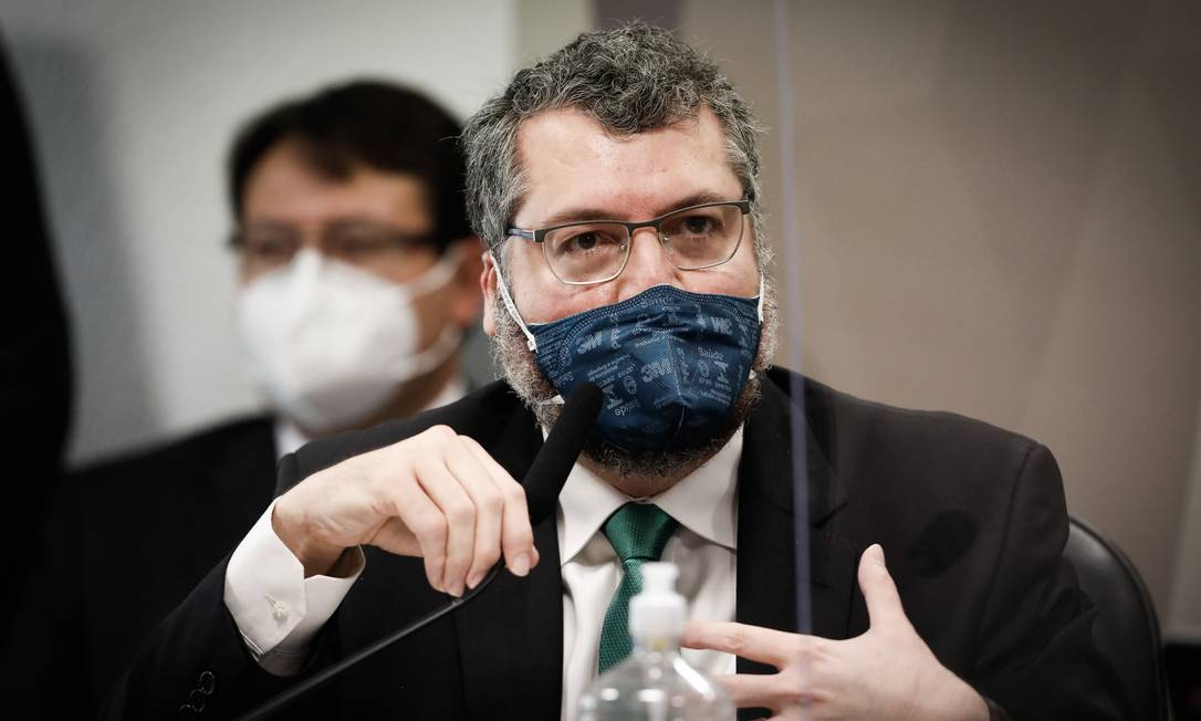 Ex-chanceler Ernesto Araujo durante depoimento na CPI da Covid, no Senado Foto: PABLO JACOB / Agência O Globo