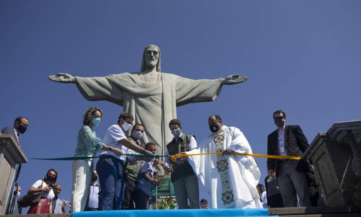 Ricardo Salles participou da cerimônia de reabertura do Cristo Redentor em agosto de 2020 Foto: Alexandre Cassiano / Agência O Globo