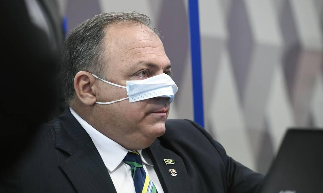 Ex-ministro da Saúde Eduardo Pazuello durante primeiro dia de depoimento na CPI da Covid, no Senado Foto: Jefferson Rudy / Agência O Globo