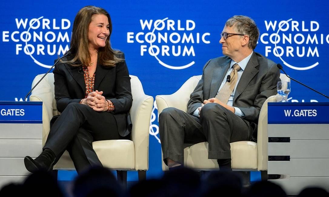 Melinda e Bill Gates no Fórum Econômico Mundial em 2015 Foto: FABRICE COFFRINI / AFP