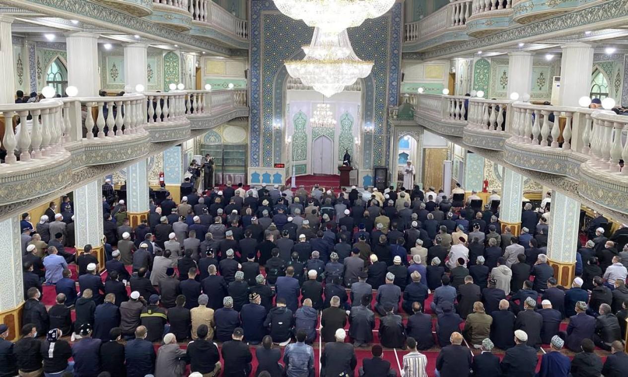 Mesquita de Yanghang, em Urumqi. Com população de 25 milhões de habitantes, 60% de minorias muçulmanas, principalmente da etnia uigur, Xinjiang é uma região estratégica para a China Foto: Marcelo Ninio / Agência O Globo