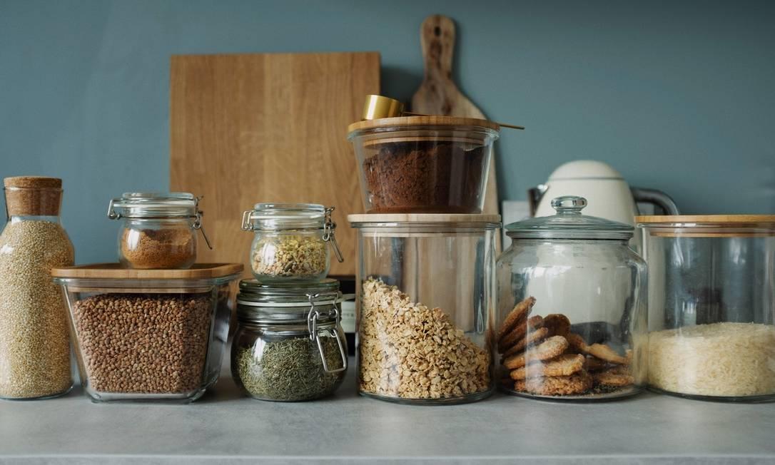 Guardar os alimentos em potes ajuda a preservá-los por mais tempo Foto: Pexels