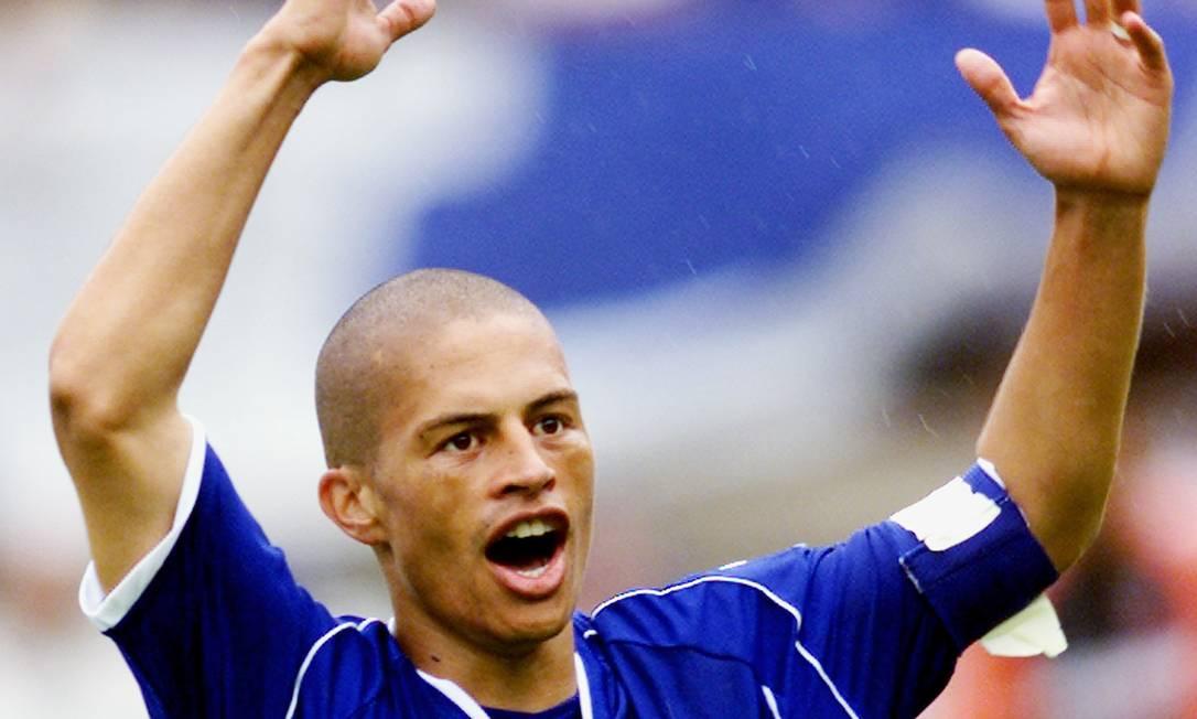 2º - CRUZEIRO (2003) - Alex foi o maestro da conquista do primeiro Brasileiro dos pontos corridos. Foto: Bruno Domingos / Reuters