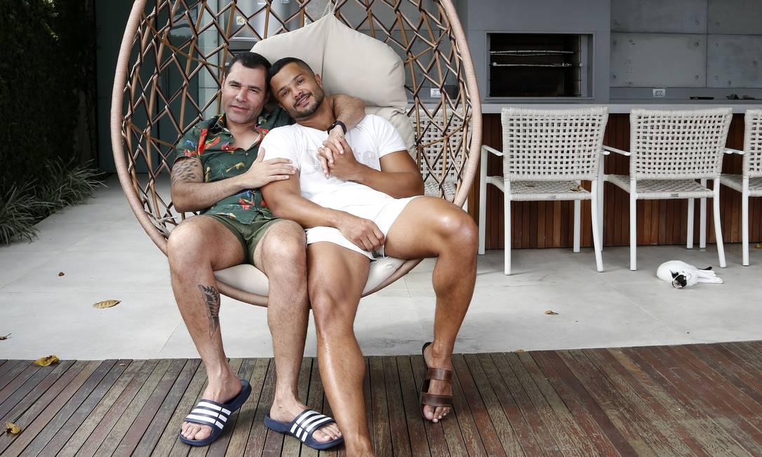 Rodrigo Sant'Anna e o marido Junior Figueiredo , no ano passado Foto: Fábio Rossi / Agência O Globo