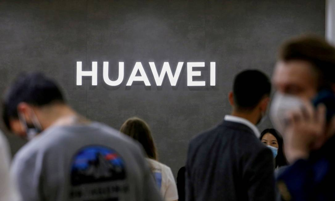 Logo da Huawei na feira de tecnologia IFA em Berlim, na Alemanha Foto: Michele Tantussi / REUTERS /3-9-2020